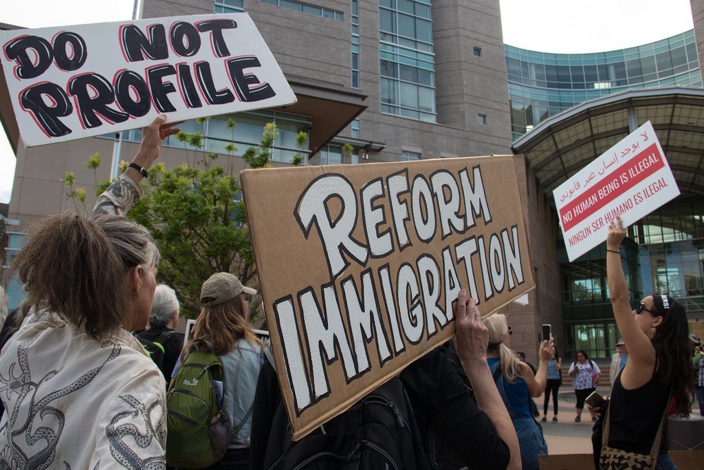 The Role of Immigration in the Rise of U S  Private Prisons